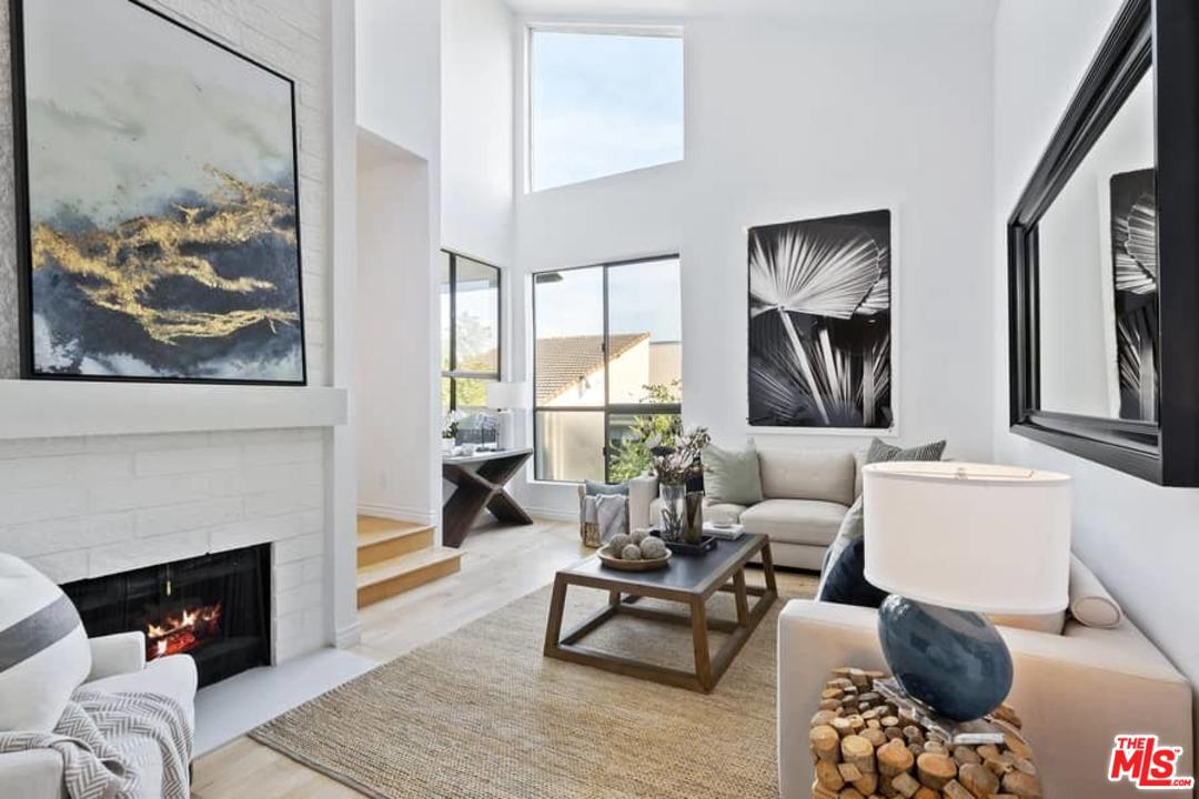 Photo of 15340 ALBRIGHT Street #308, Pacific Palisades, CA 90272