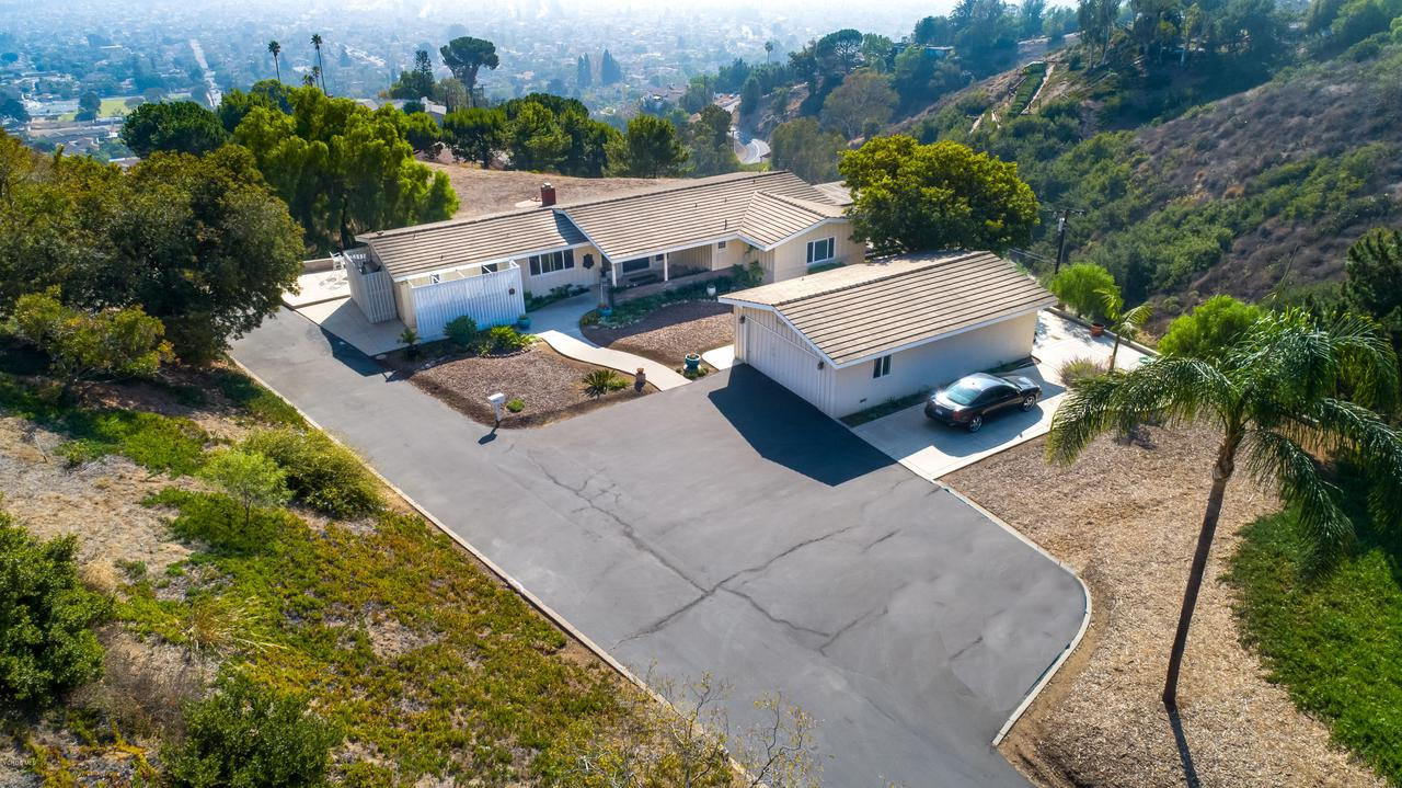 Photo of 274 West HIGHLAND Drive, Camarillo, CA 93010