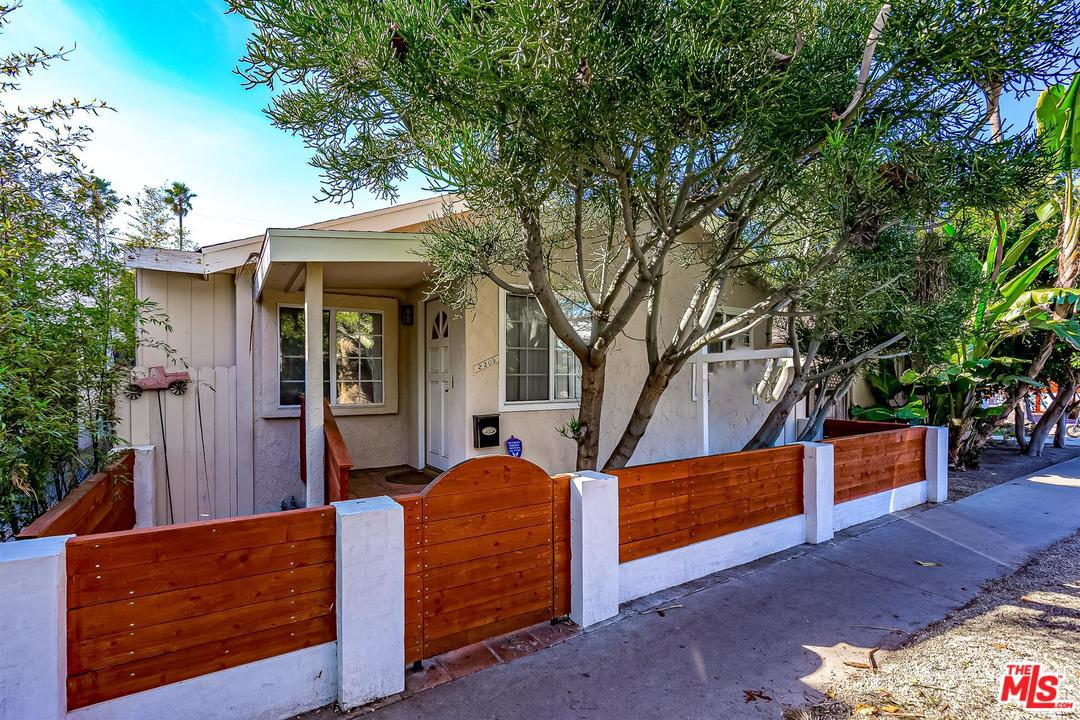 Photo of 2309 OCEAN Avenue, Venice, CA 90291
