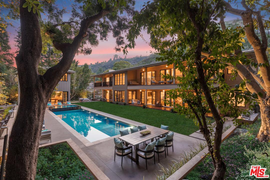 Photo of 1580 STONE CANYON Road, Los Angeles, CA 90077
