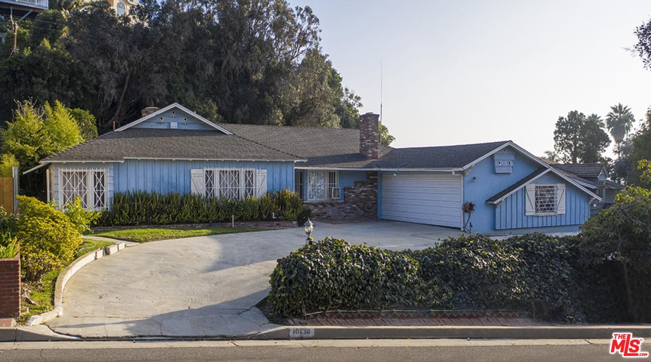 Photo of 10630 FLAXTON Street, Culver City, CA 90230