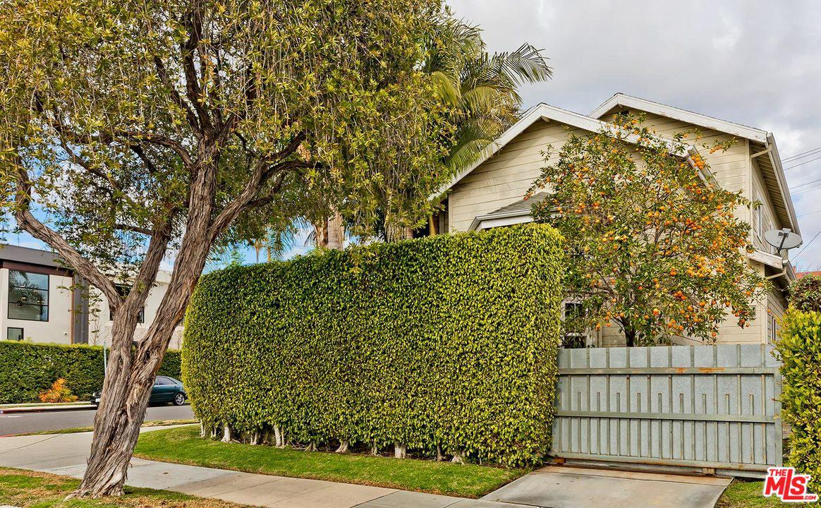 Photo of 8693 CLIFTON Way, Beverly Hills, CA 90211