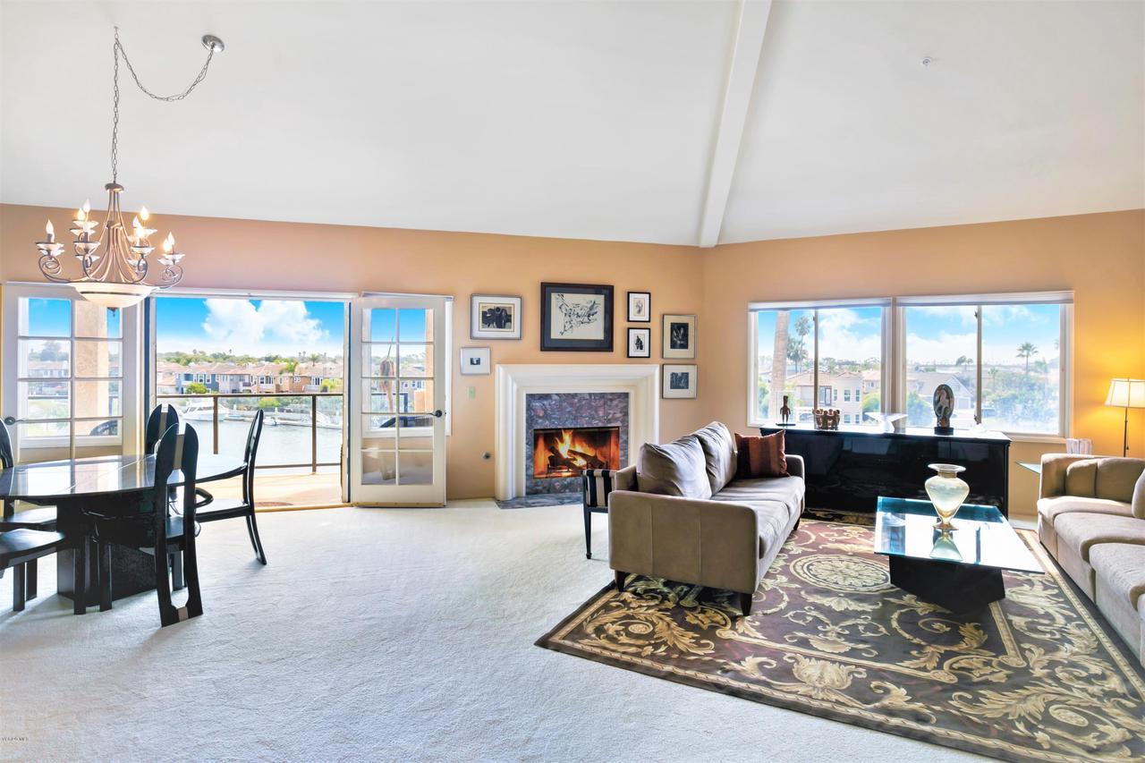Photo of 4214 HARBOUR ISLAND Lane, Oxnard, CA 93035