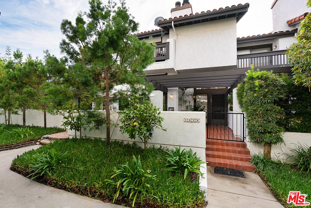 Photo of 1538 MICHAEL Lane, Pacific Palisades, CA 90272