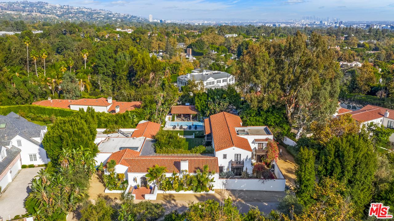 Photo of 212 COPA DE ORO Road, Los Angeles, CA 90077