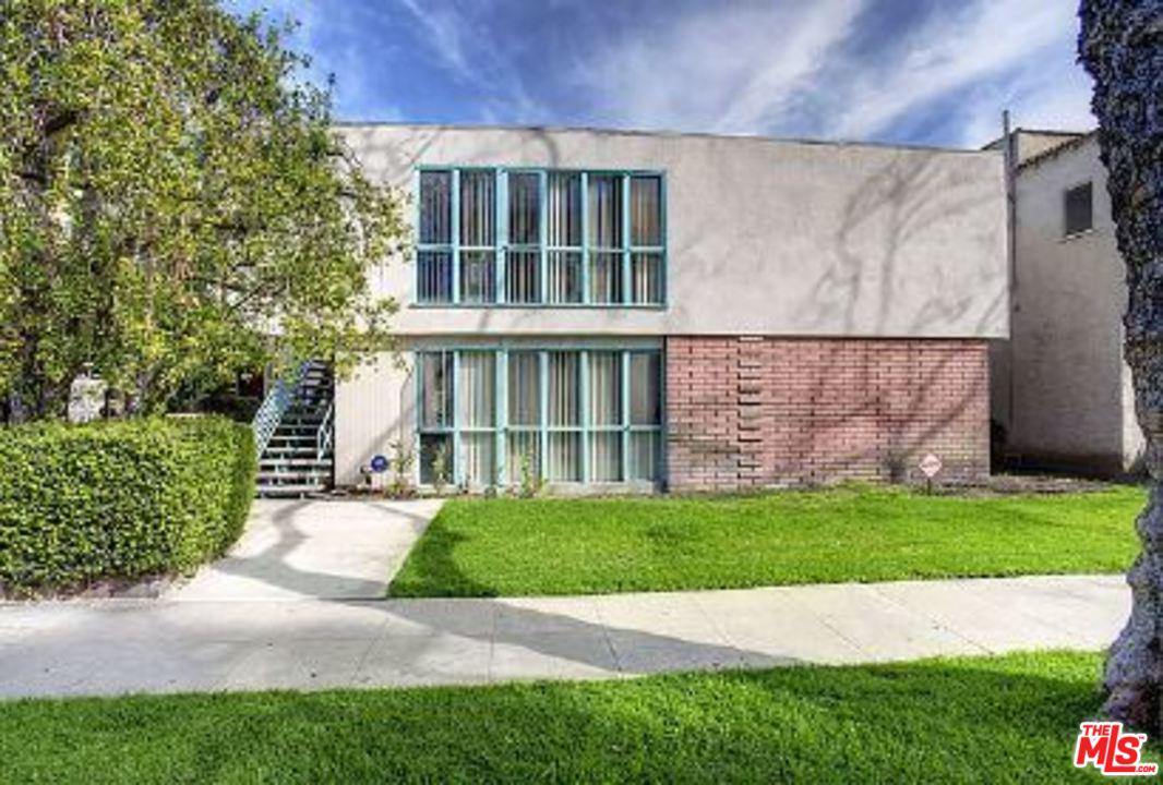 Property for sale at 442 S OAKHURST DR, Beverly Hills,  CA 90212