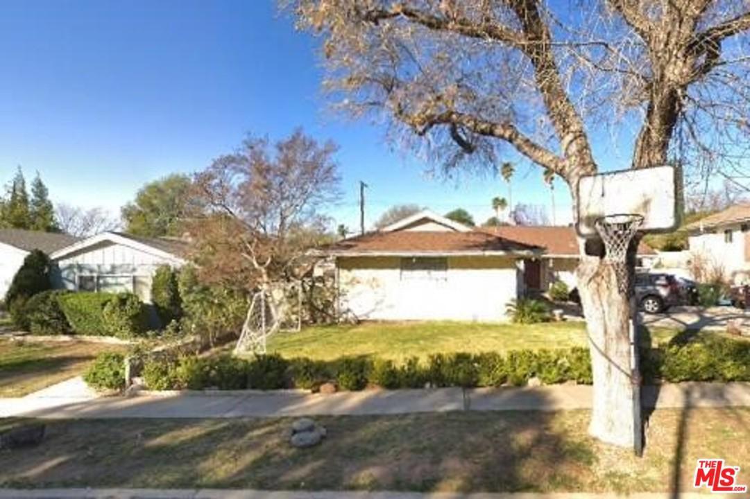 Photo of 11601 COLLETT AVE, Granada Hills, CA 91344