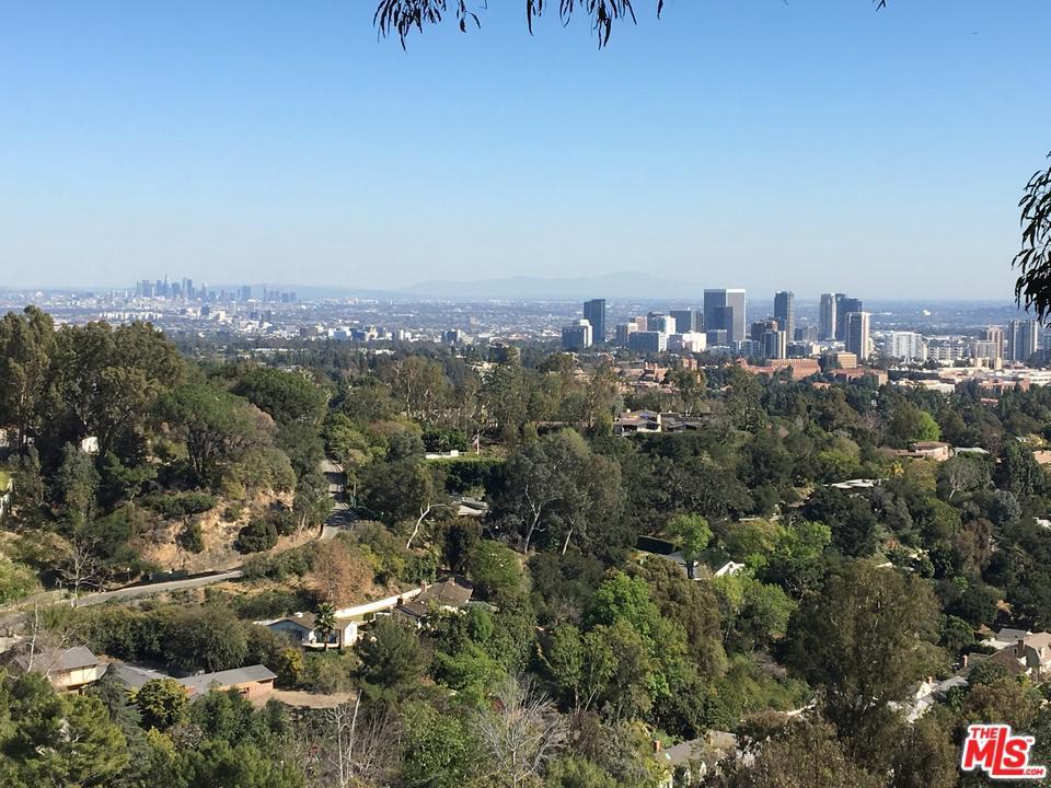 Photo of 860 LINDA FLORA DR, Los Angeles, CA 90049
