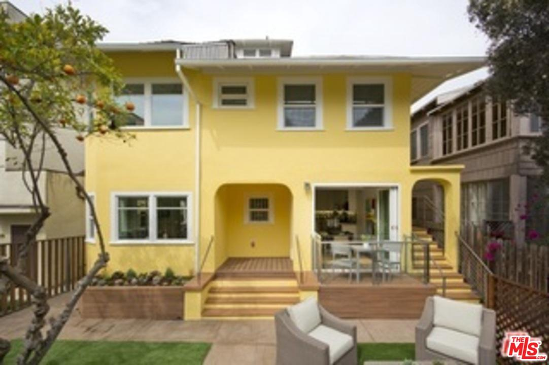 Property for sale at 31 BREEZE AVE, Venice,  California 90291