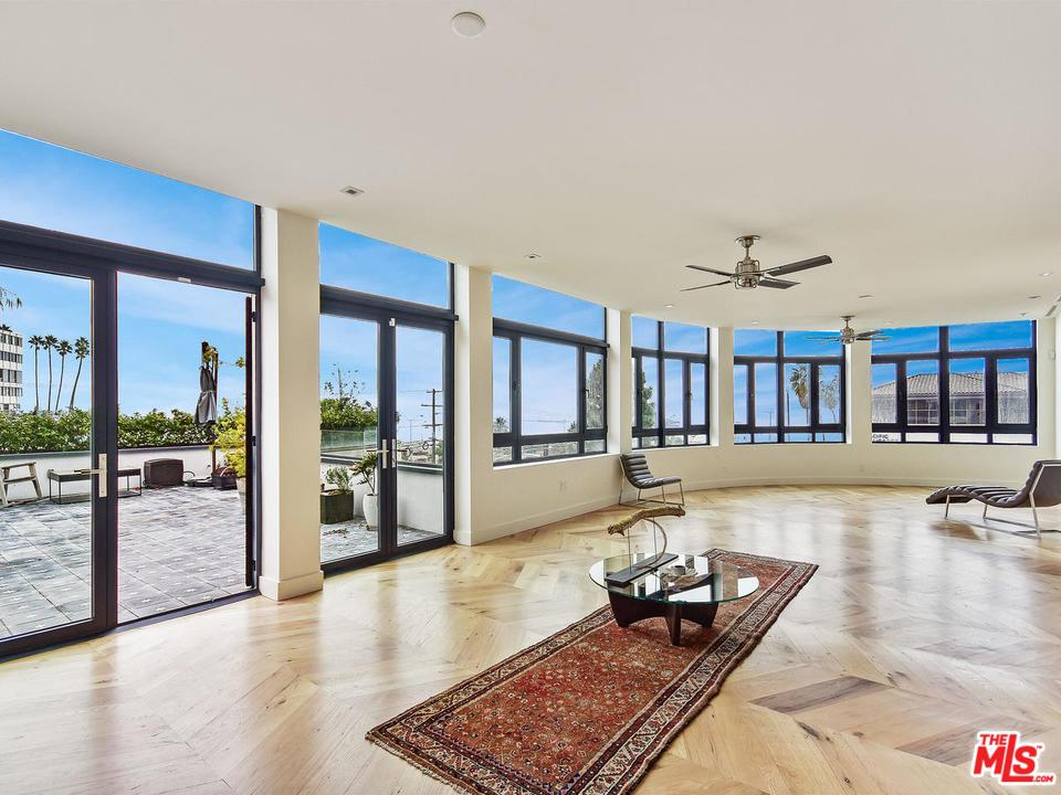 Property for sale at 17351 W SUNSET BLVD #3A, Pacific Palisades,  California 90272