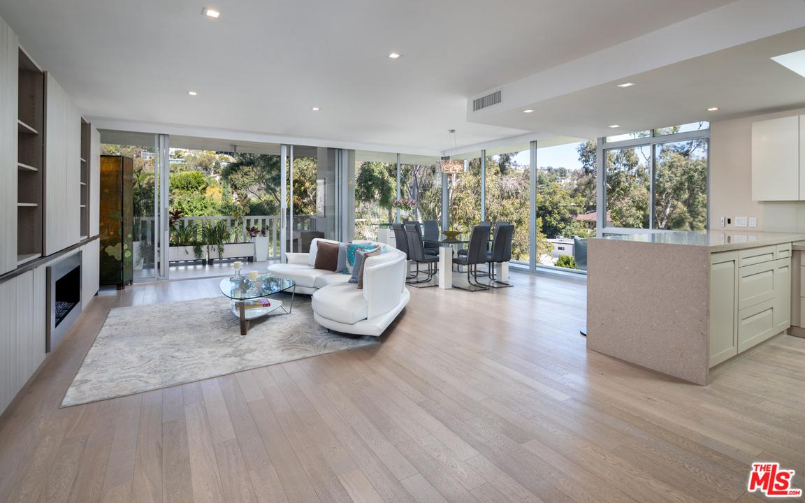 Property for sale at 9255 DOHENY RD #805, West Hollywood,  California 90069