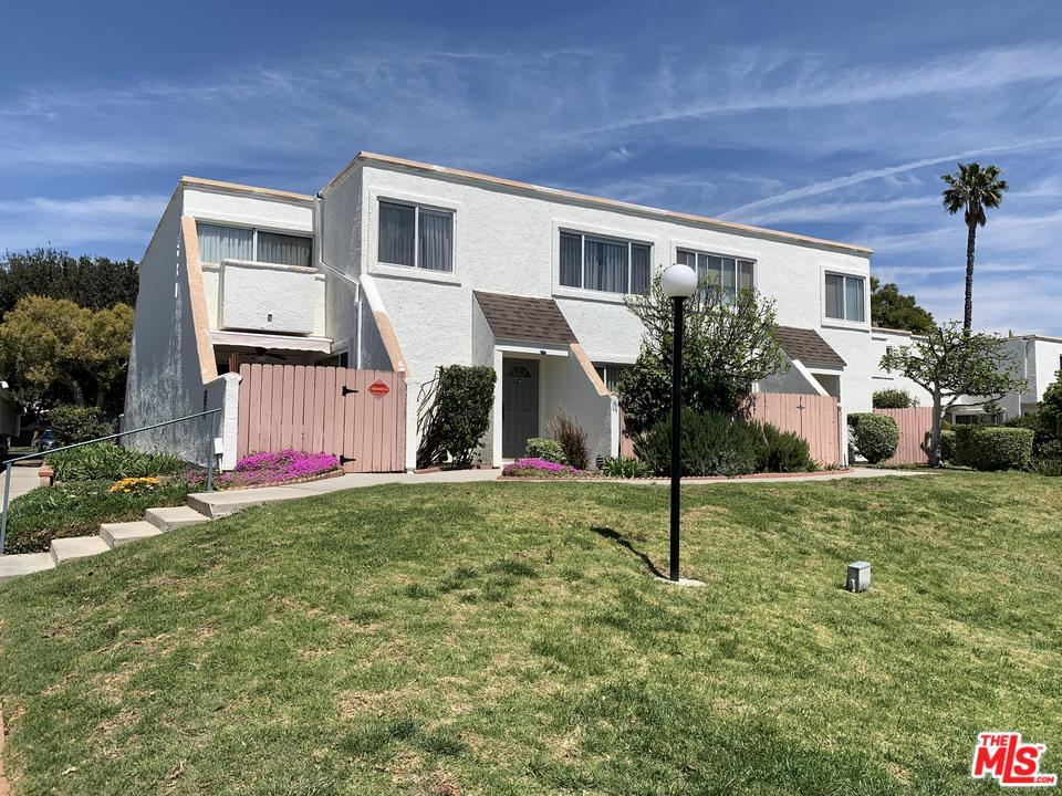 Photo of 18531 MAYALL ST, Northridge, CA 91324