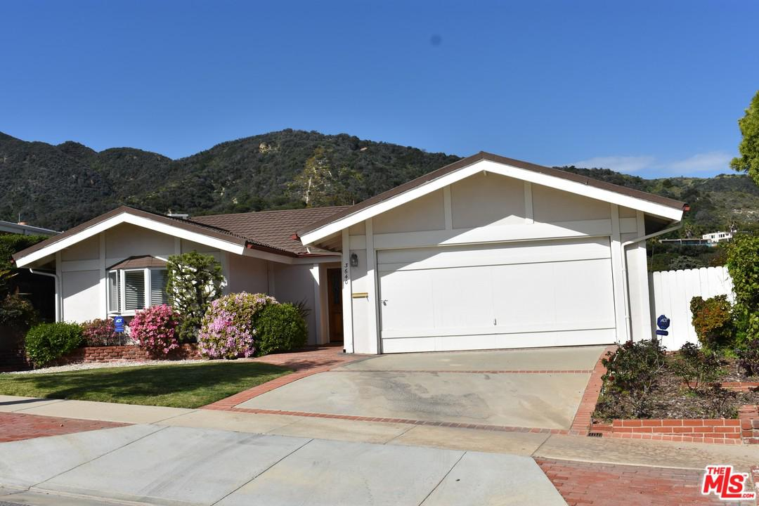 Photo of 3640 SURFWOOD RD, Pacific Palisades, CA 90265