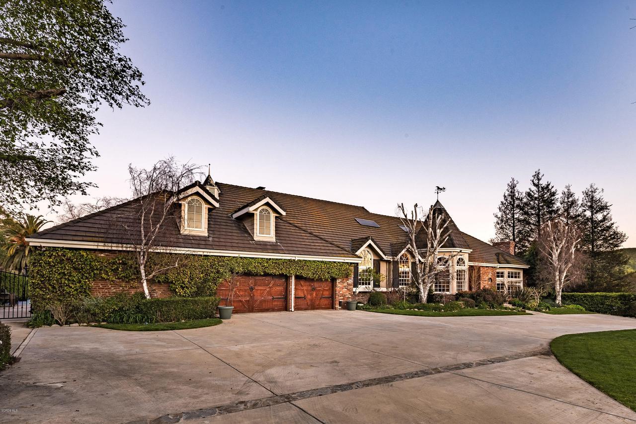 Photo of 2748 LOS PINOS CIRCLE, Santa Rosa, CA 93012