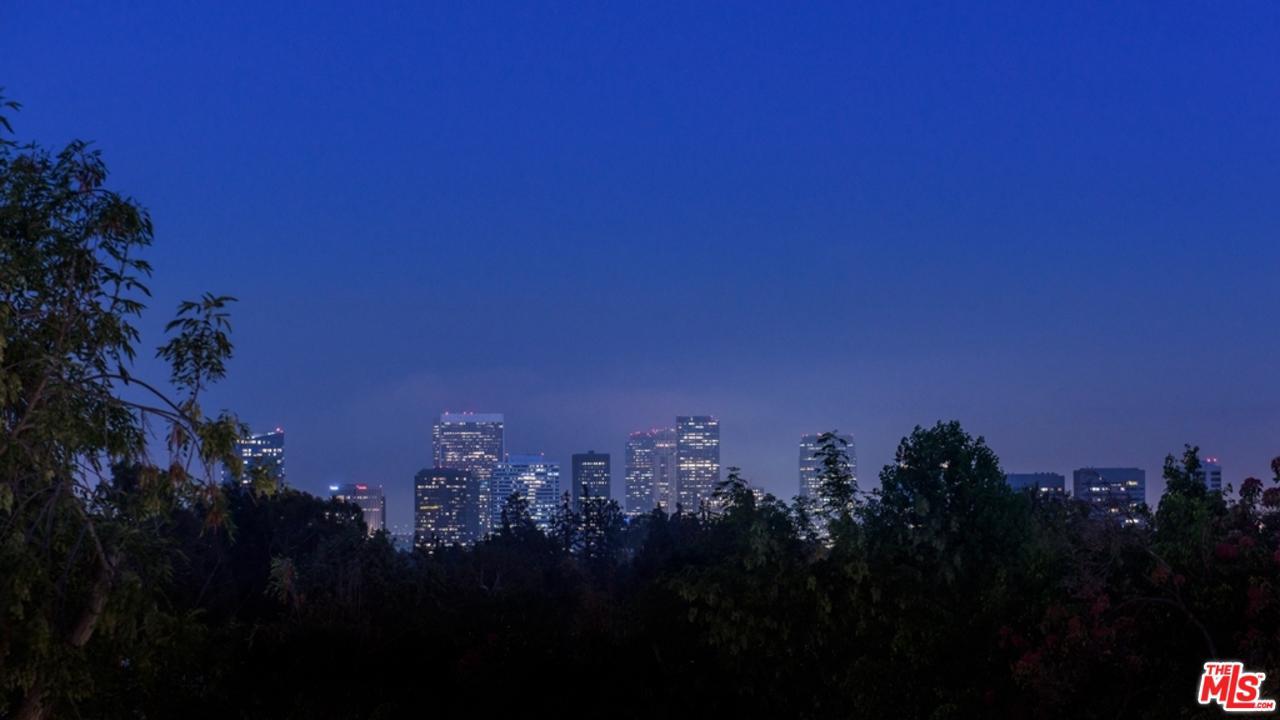 133 South MAPLETON Drive Los Angeles (City), CA 90024