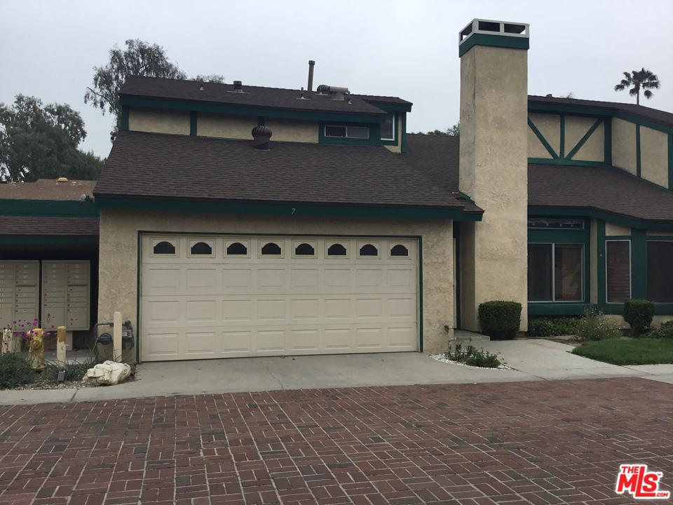 Photo of 17221 ROSCOE BLVD, Northridge, CA 91325