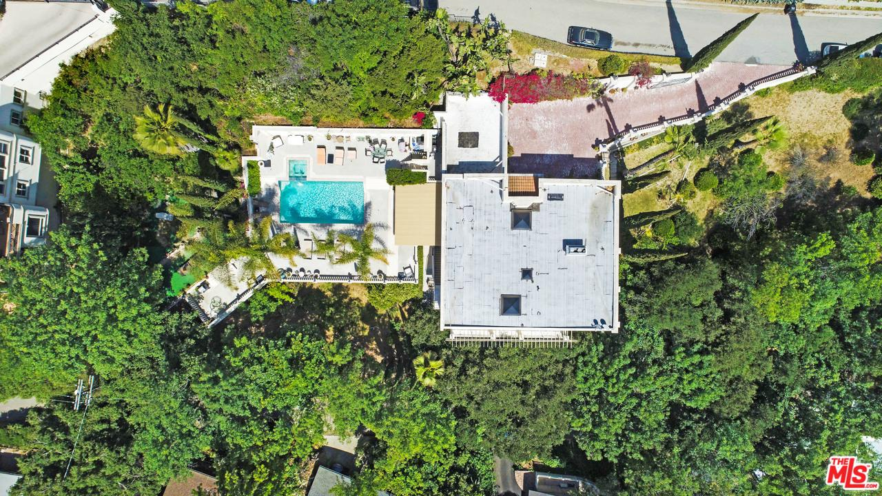 Photo of 3780 1/2 MULTIVIEW DR, Los Angeles, CA 90068
