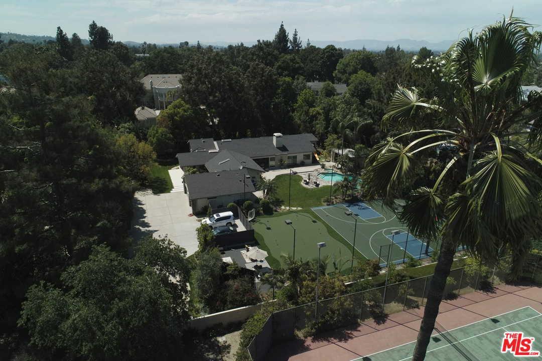 Photo of 5153 AMESTOY AVE, Encino, CA 91316