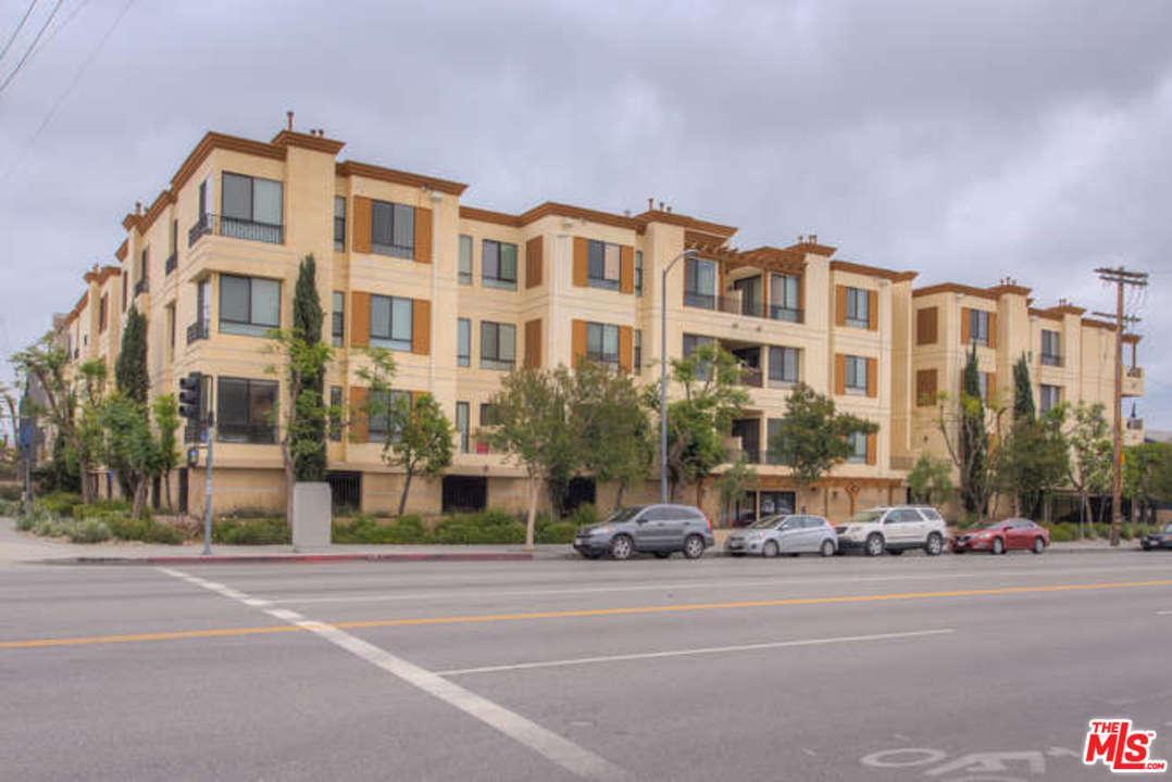 Photo of 6938 LAUREL CANYON, North Hollywood, CA 91605
