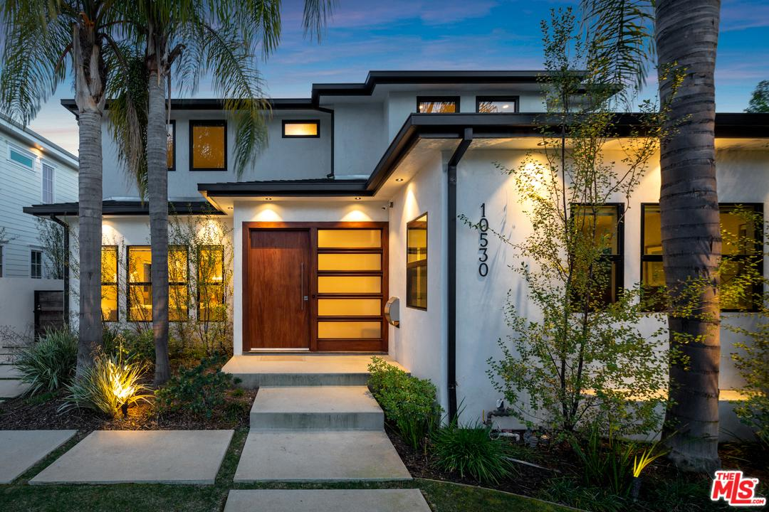 Photo of 10530 ROCHESTER AVE, Los Angeles, CA 90024