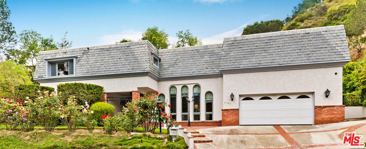 Photo of 9789 BLANTYRE DR, Beverly Hills, CA 90210