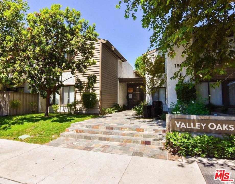 Photo of 15511 SHERMAN WAY, Van Nuys, CA 91406
