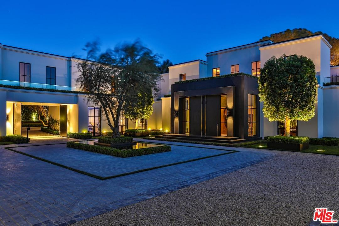 1155 ANGELO Drive Beverly Hills, CA 90210