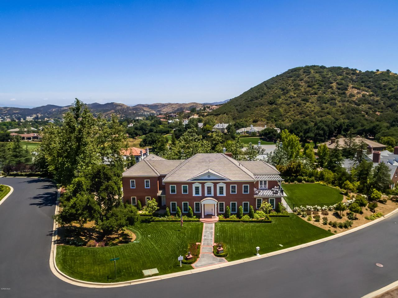 Photo of 946 WEST STAFFORD ROAD, Thousand Oaks, CA 91361