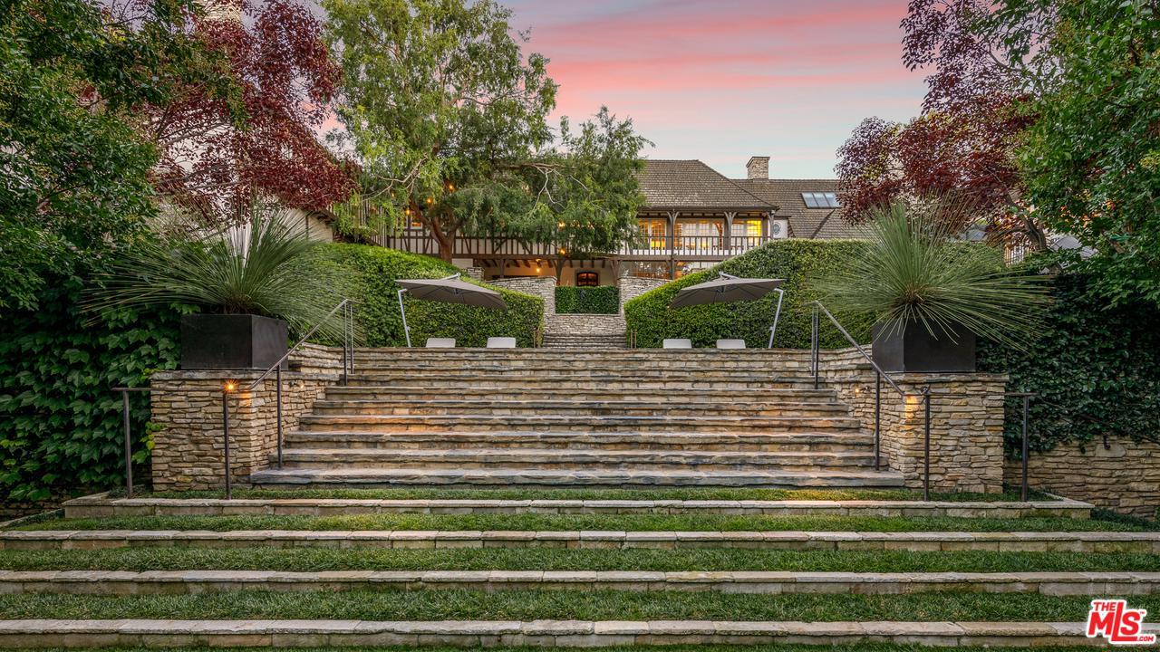 1026 RIDGEDALE Drive Beverly Hills, CA 90210