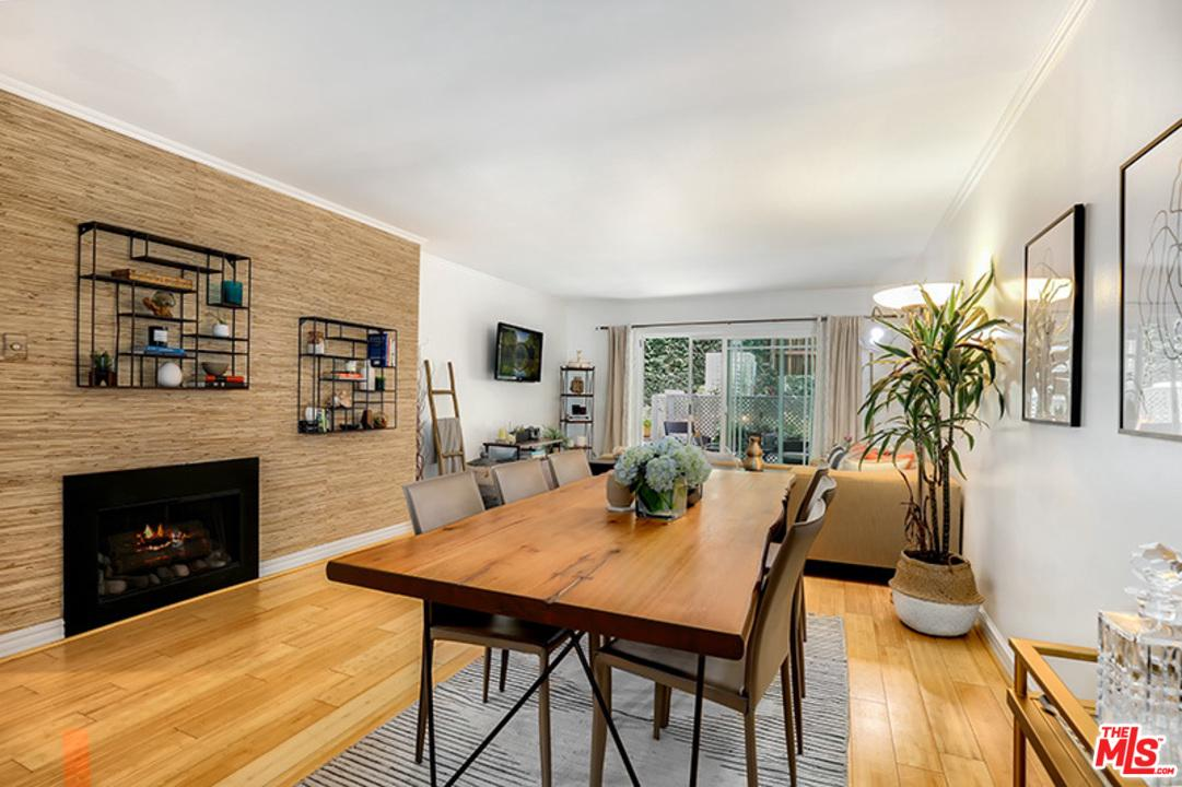Photo of 16169 W SUNSET BLVD, Pacific Palisades, CA 90272