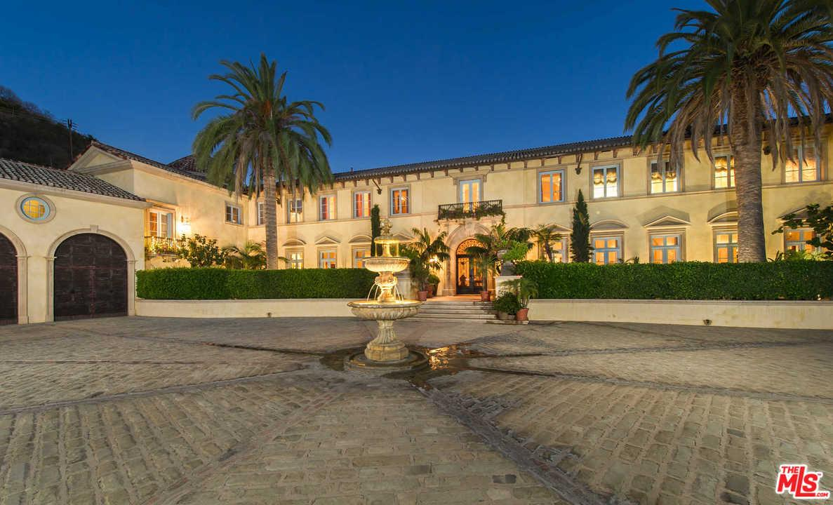 Photo of 75 BEVERLY PARK LN, Beverly Hills, CA 90210
