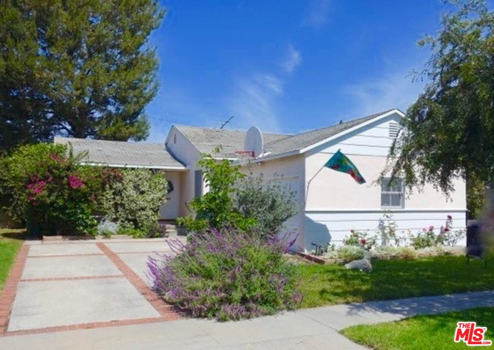 Photo of 11465 CULVER PARK DR, Culver City, CA 90230