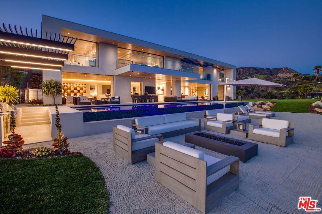 5046 CARBON BEACH Terrace Malibu, CA 90265