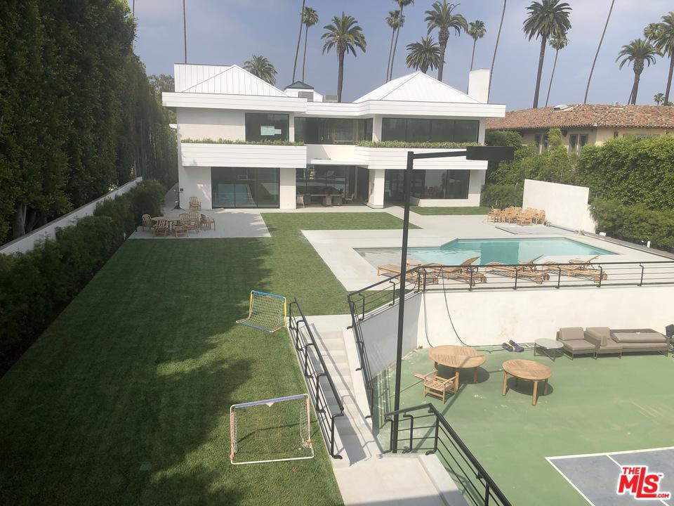Photo of 611 N CANON DR, Beverly Hills, CA 90210