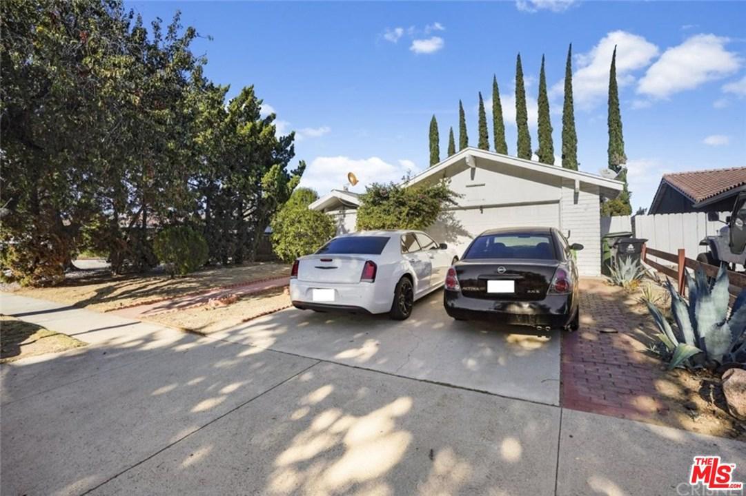 Photo of 9430 GLADE AVE, Chatsworth, CA 91311