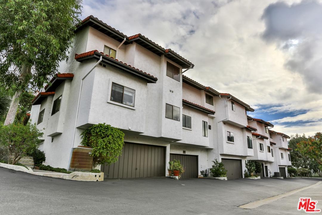 Photo of 1576 MICHAEL LN, Pacific Palisades, CA 90272