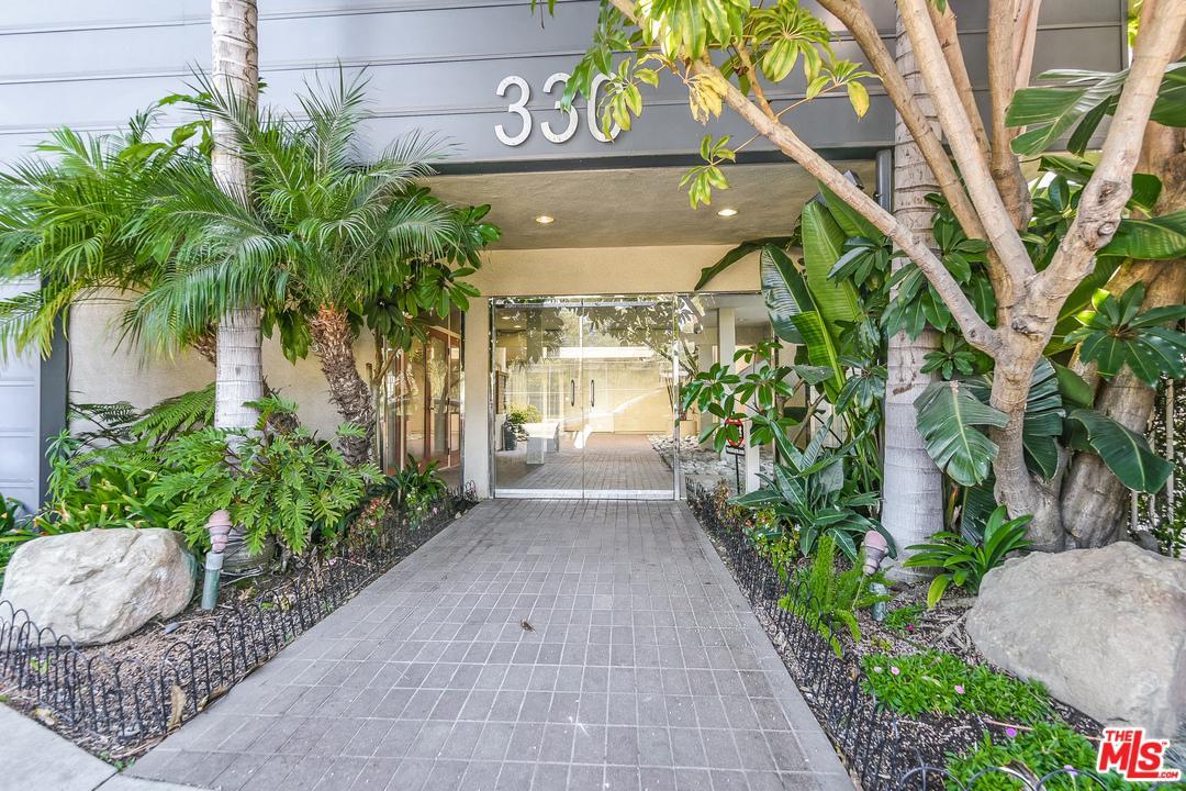 Photo of 330 S BARRINGTON AVE, Los Angeles, CA 90049