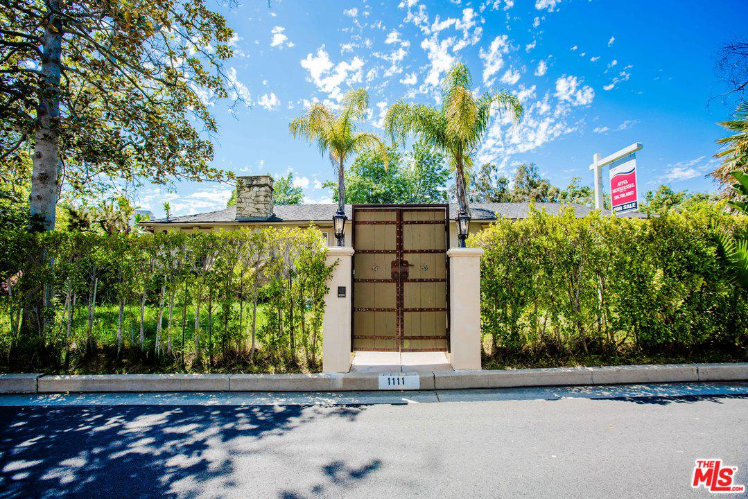 Photo of 1111 CASIANO RD, Los Angeles, CA 90049