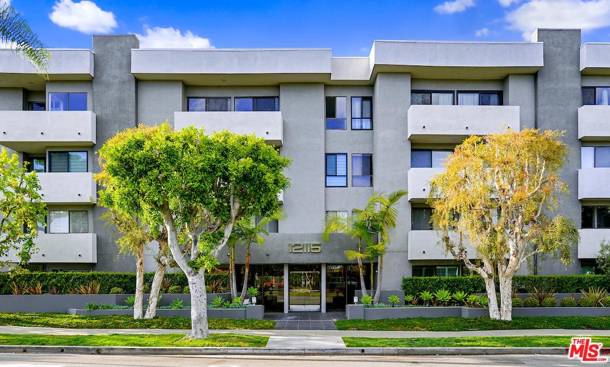 Photo of 12115 SAN VICENTE, Los Angeles, CA 90049