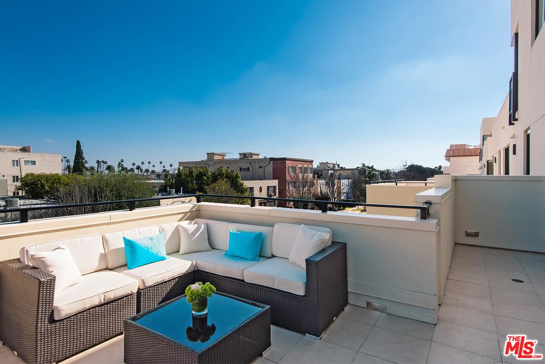 327 South ELM Drive Beverly Hills, CA 90212