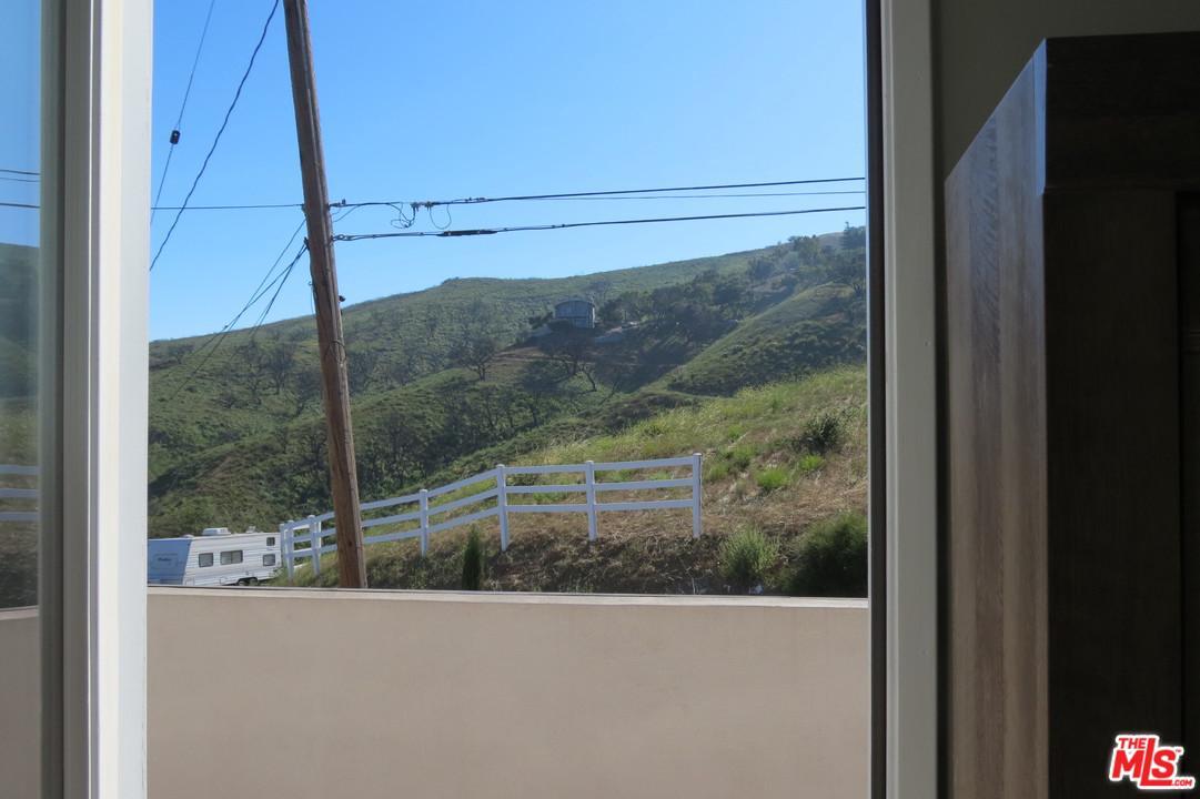 27132 CARRITA Road Malibu, CA 90265