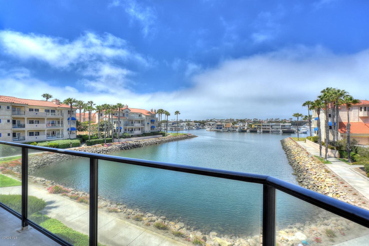 Photo of 1747 EMERALD ISLE WAY, Oxnard, CA 93035