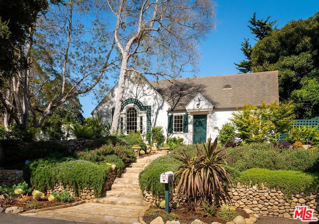 Photo of 62 HUMPHREY RD, Santa Barbara, CA 93108