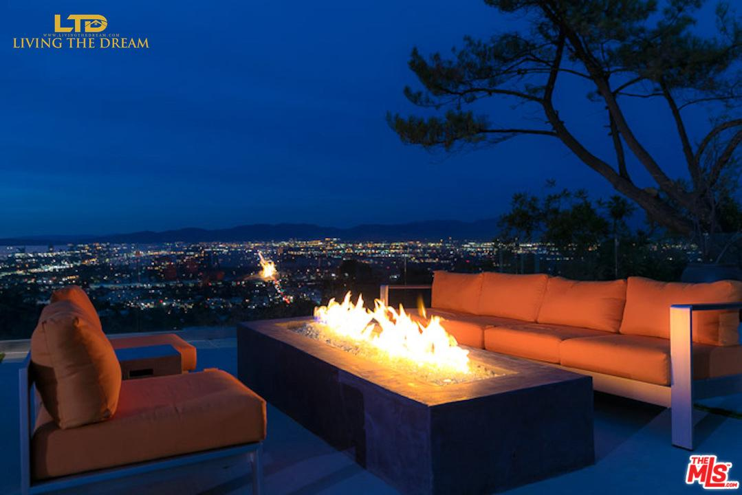 13749 MULHOLLAND Drive Beverly Hills, CA 90210