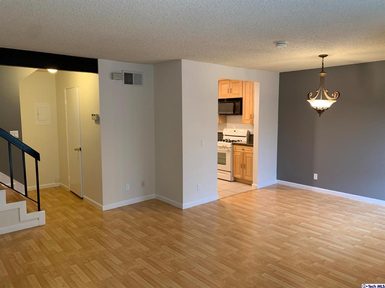 Photo of 12331 RUNNYMEDE STREET #2, North Hollywood, CA 91605