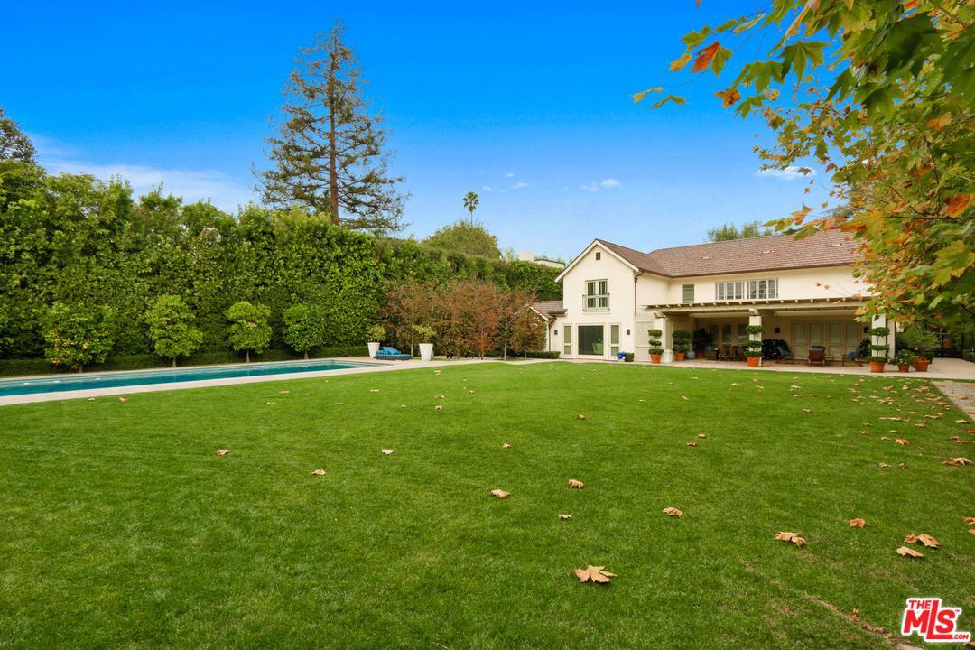 Photo of 807 N ALPINE DR, Beverly Hills, CA 90210
