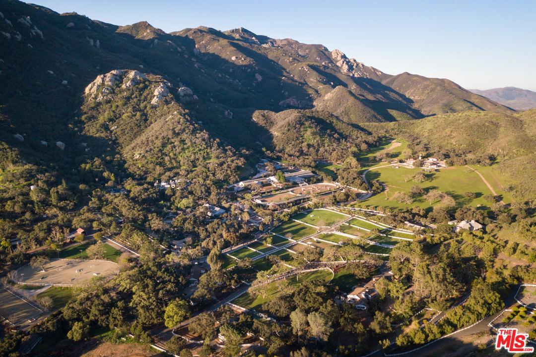 Photo of 1753 HIDDEN VALLEY RD, Thousand Oaks, CA 91361