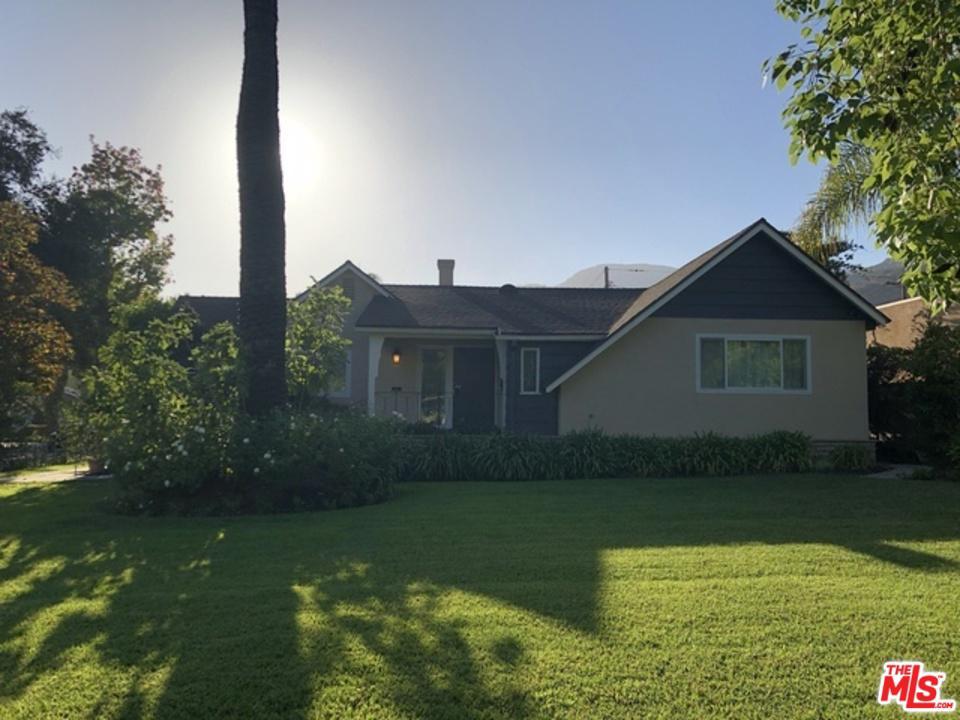 1661 CAPISTRANO Avenue, Glendale, CA 91208
