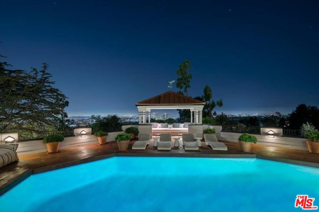 Photo of 9360 READCREST DR, Beverly Hills, CA 90210