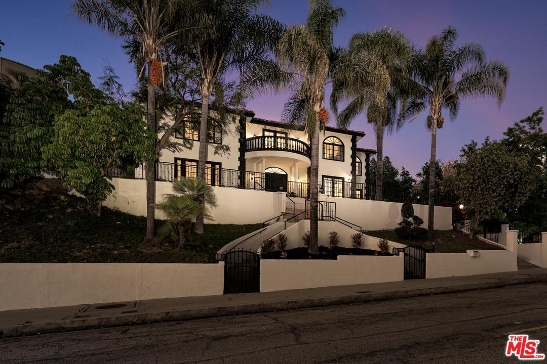 Photo of 3033 N BEVERLY GLEN CIR, Los Angeles, CA 90077